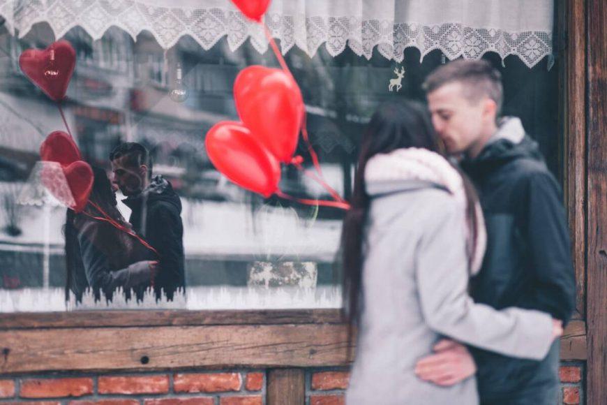 A szeretet kifejezésének öt módja. A harmadik szeretet-nyelv: ajándékozás
