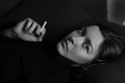 A dohányosok rosszabb alvók – így befolyásolja az álmot a dohányzás